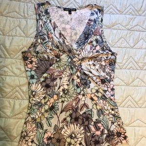 Tops - Women's Pullover Tank Top, Floral print, Size S